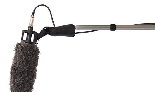 استفاده از Boom Mic در ضبط صدا و نورپردازی مناسب