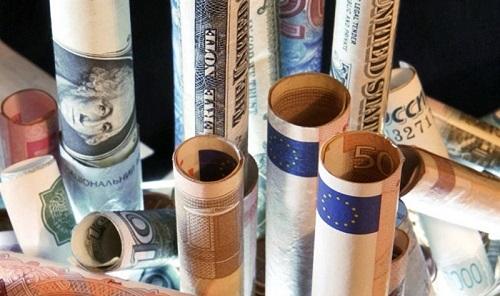 قیمت خرید دلار در بانکها امروز ۹۷/۰۷/۱۸