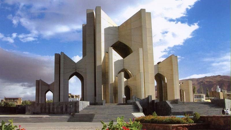 دیوار تبریز
