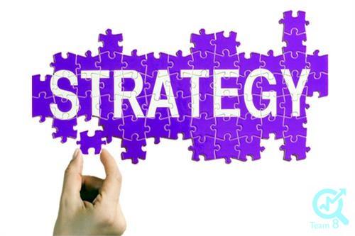 رابطه ارزیابی عملکرد و پاداش با تعهد سازمانی چگونه است؟