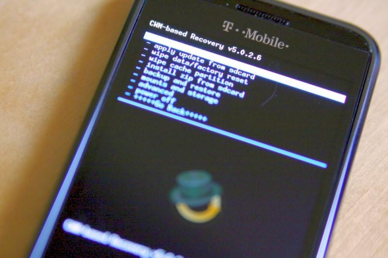 4.گوشی سامسونگ J7 خود را درSafe mode بوت نمایید.