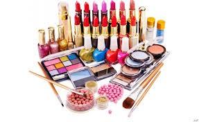 3ـ هنگام افتتاح سالن زیبایی آرایشگرها چه اصولی را برای موفقیت باید رعایت کنند؟
