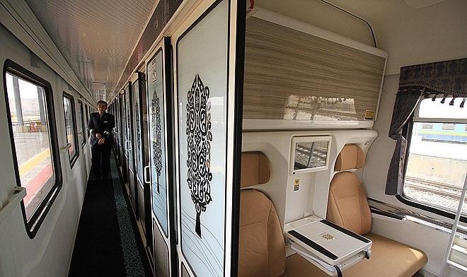 فضای داخل قطار فدک