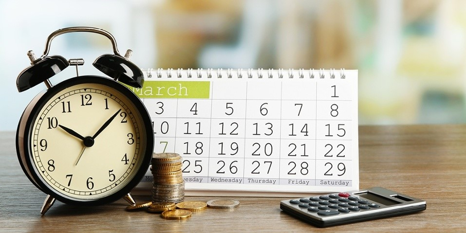 2- چگونه برای مدیریت مالی شخصی یک تقویم مالی طراحی کنیم؟