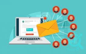 کدام نرم افزار برای ارسال خودکار ایمیل مناسب است و این نرم افزار چه امکاناتی دارد؟
