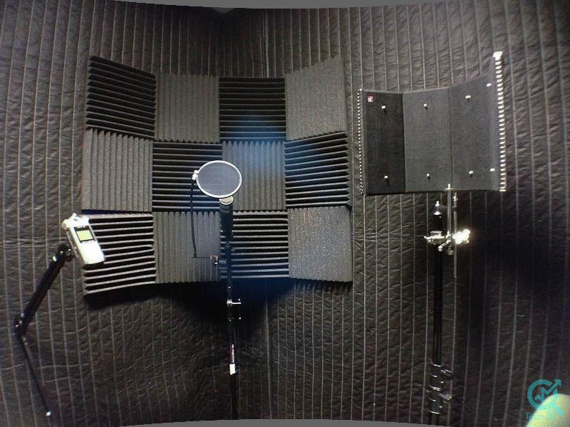 یک اتاق ضبط صدای خوب برای تولید یک پادکست حرفه ای چه شرایطی باید داشته باشد؟