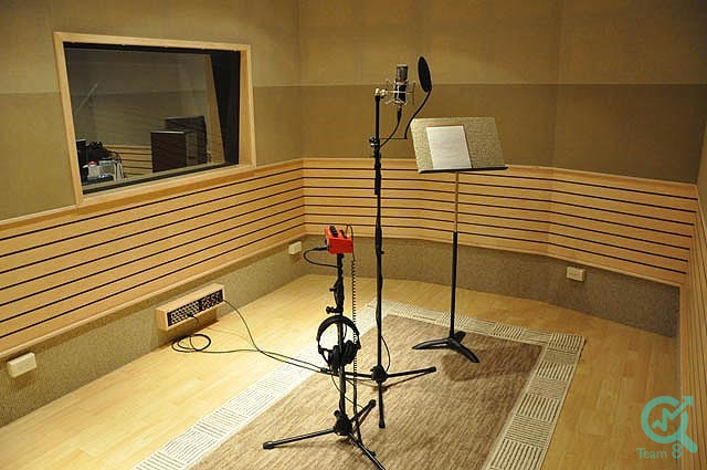 تجهیزات مورد نیاز برای اتاق های ضبط :