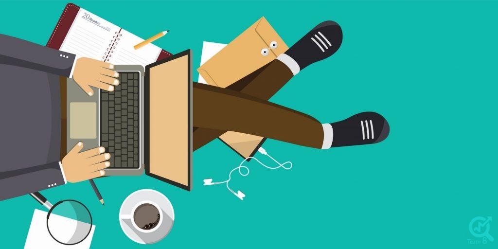کدام یک از ابزارهای دیجیتالی و مجازی برای فعالیت های خود به تولید محتوا نیازمند هستند ؟
