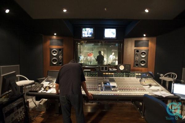 استودیوی موسیقی کجاست :